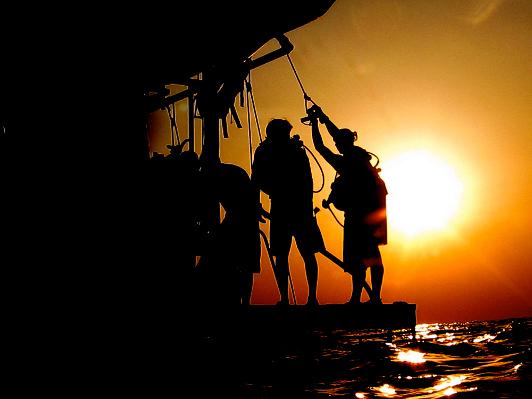 divedeck-sunset_532